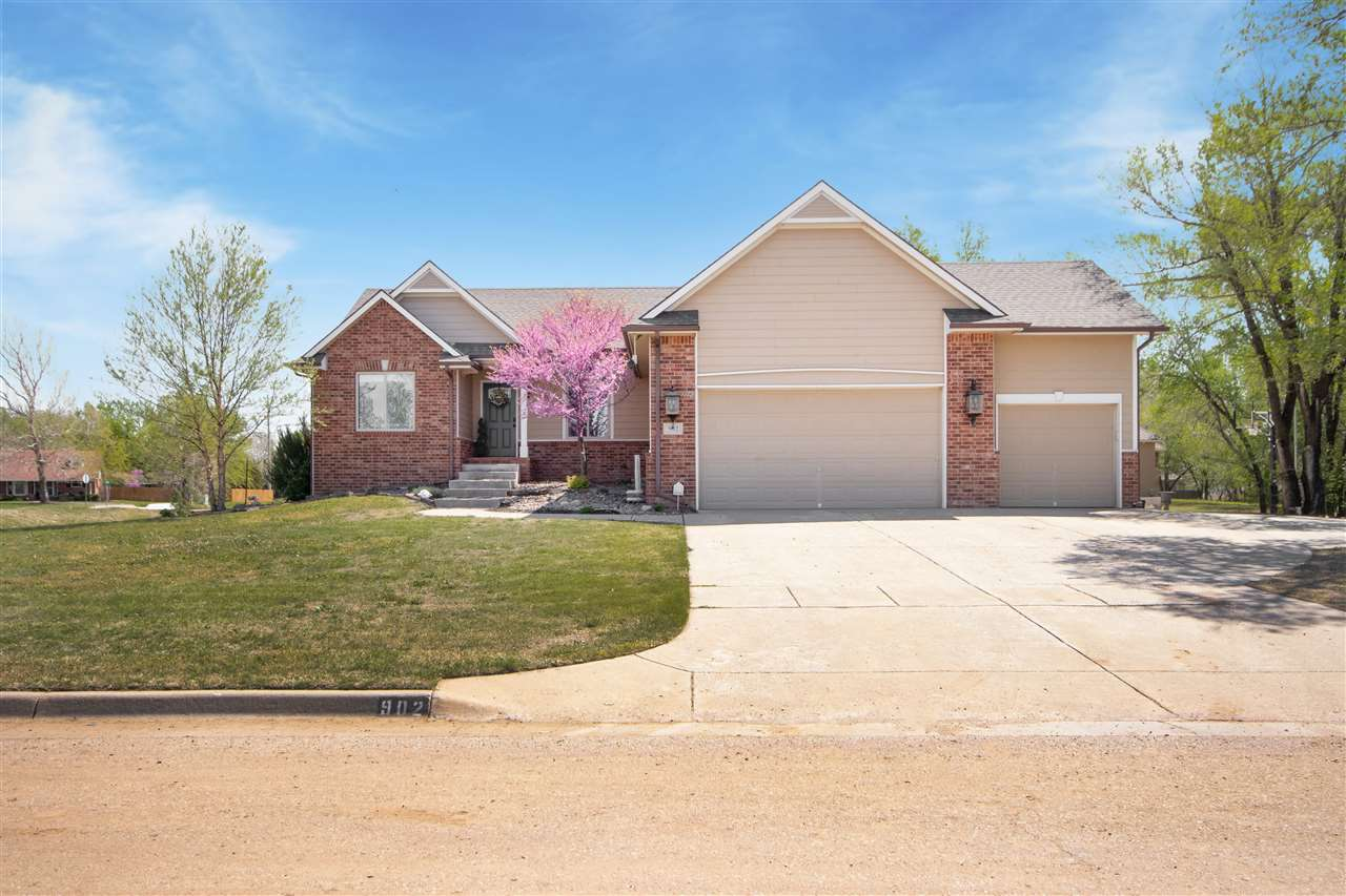 Beautifully well maintained home in Maize in a fantastic location close to schools on a corner lot!