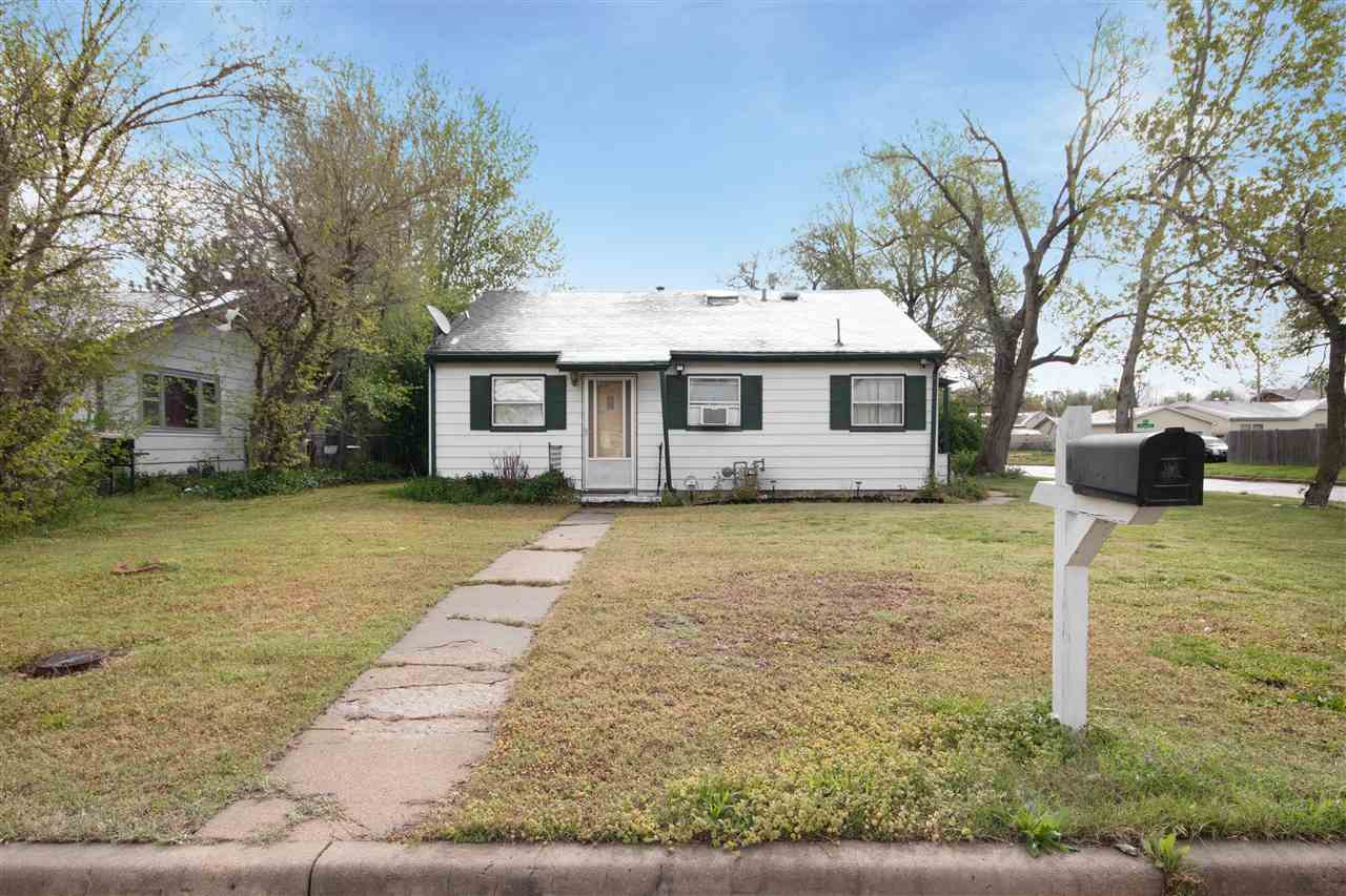 Come see this 3 bedroom, 1 bath ranch in this friendly SW Wichita! With two places to store your veh