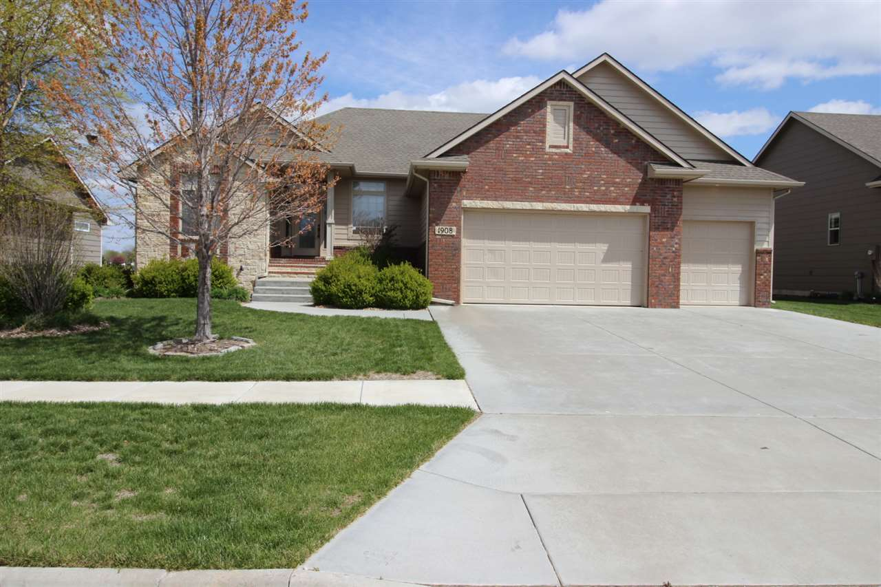 Beautiful and spacious Ranch style home located in the award winning Sand Creek Station Golf Course