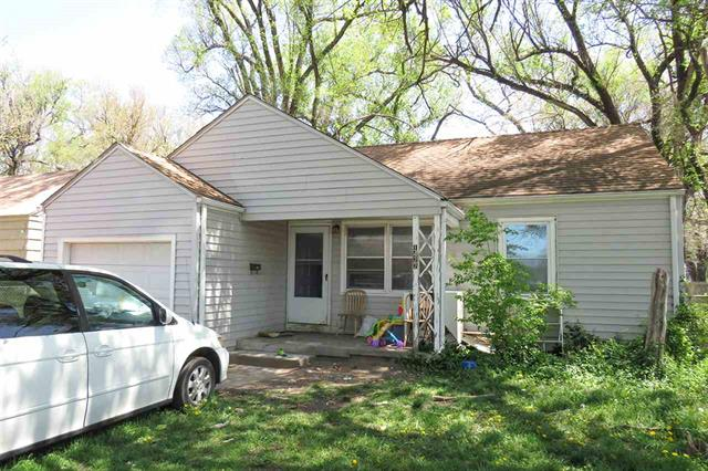 For Sale: 1422 N MINNEAPOLIS AVE, Wichita KS