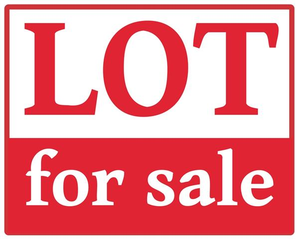 For Sale: Lot  Lot 4 Block 1 Greens At Cherry Oaks Add, Cheney KS