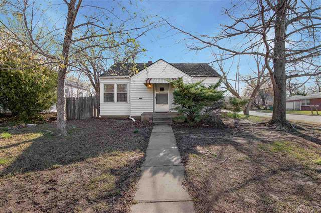 For Sale: 1102 N Terrace Dr, Wichita KS