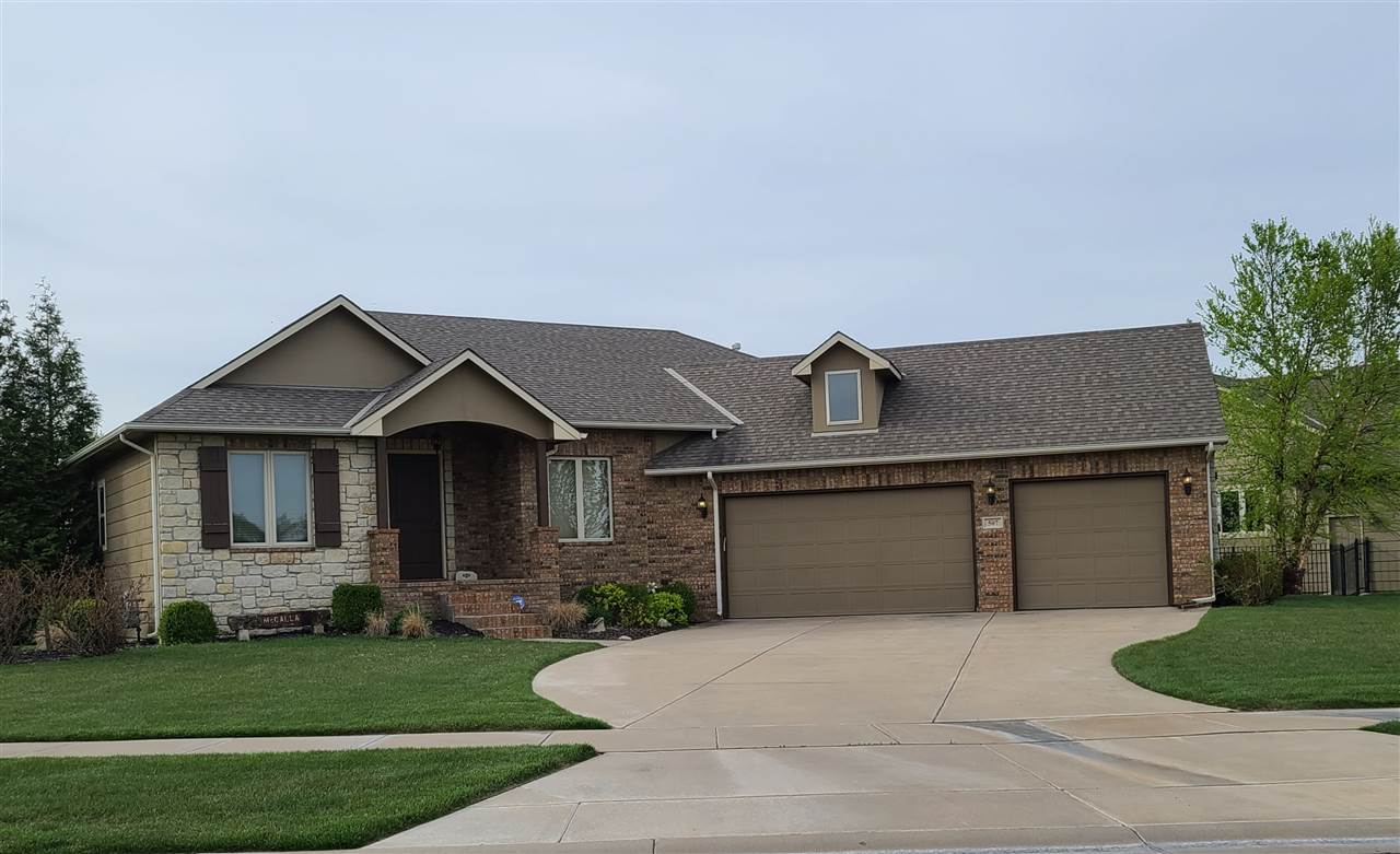 Beautiful, one owner home in Stone Lake Estates.  Features include 5 beds, 3 baths, 3 car garage, be