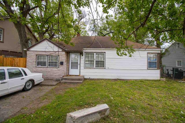 For Sale: 910 N MINNESOTA AVE, Wichita KS