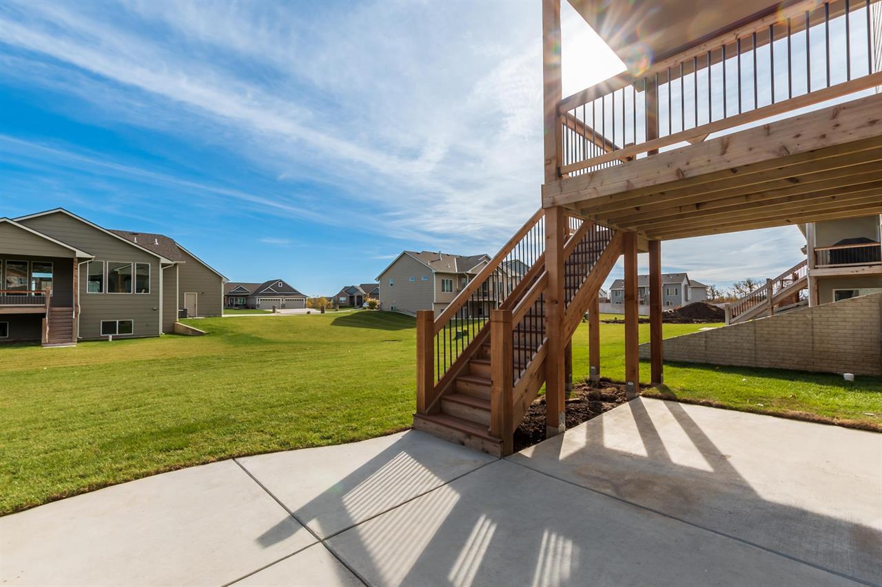 For Sale: 702 S Clear Creek St, Wichita KS