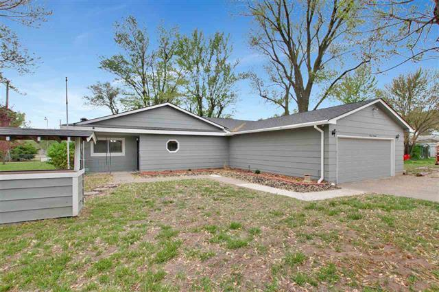 For Sale: 1119 E 78th St S, Haysville KS