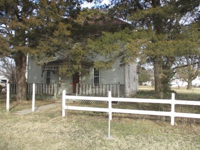 For Sale: 202 S Washington Ave, Burns KS