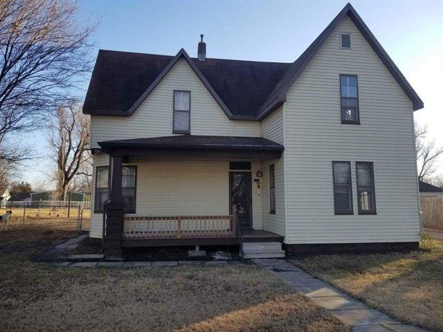 For Sale: 315 SW 4th St, Newton KS