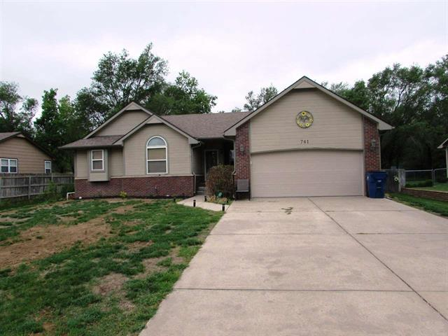 For Sale: 741 S HIGHLAND DR, Andover KS