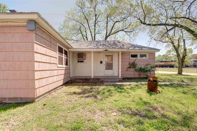 For Sale: 626 E 9th St, Newton KS