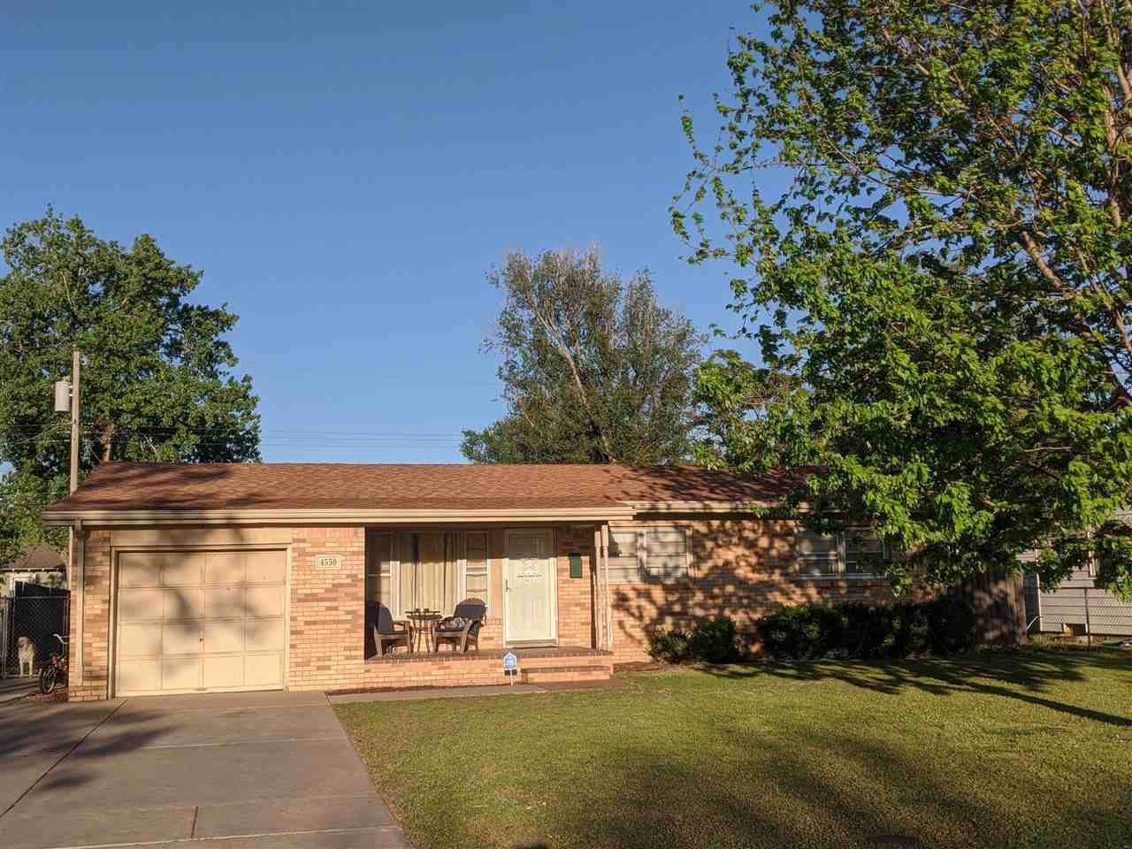 Beautiful 3 BR all brick home, 19'x13' brick framed and screened in back patio. This home shows very
