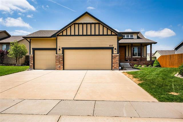 For Sale: 2717 S WESTGATE ST, Wichita KS