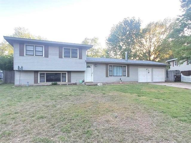 For Sale: 1121 N BRUNSWICK ST, Wichita KS