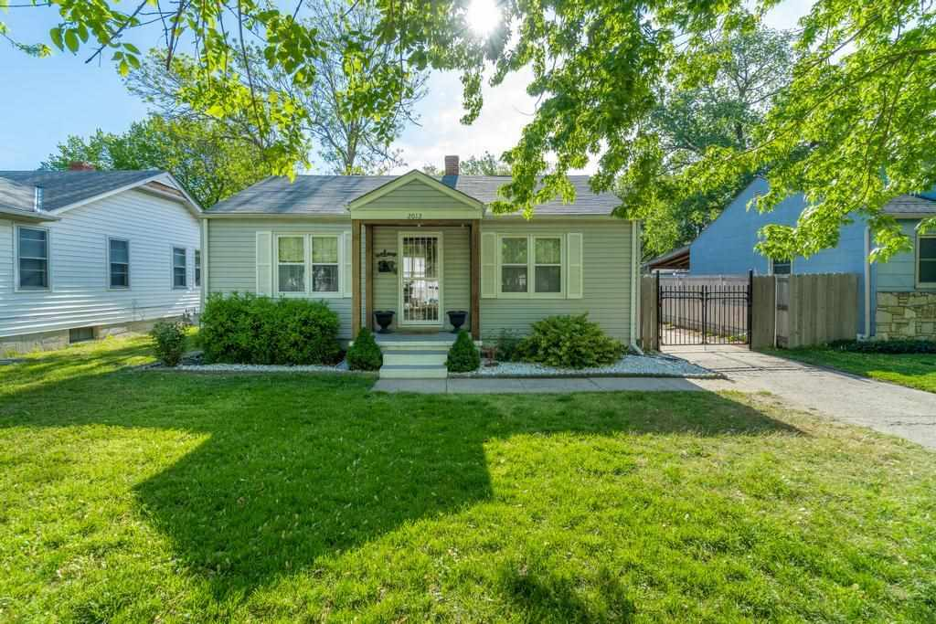 Welcome home to this adorably updated 2 bed/1 bath/1 car ranch located in the heart of Wichita.  You