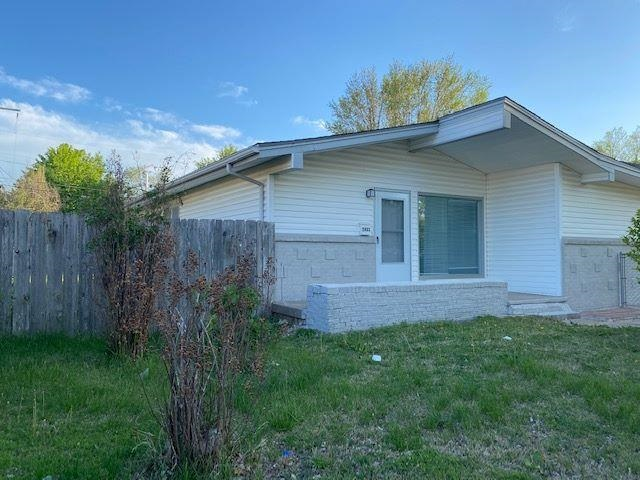 Move-in ready on this lovely home. Features 4 bedrooms and 2 baths, fully fenced in yard. Home has been updated/remodeled.  New roof, flooring, electrical panel, additional bathroom, some wall & paint. Great for a first time home buyer or as an investment property.