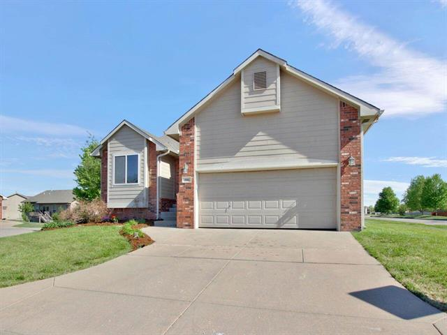 For Sale: 906 W Onewood Ct, Andover KS