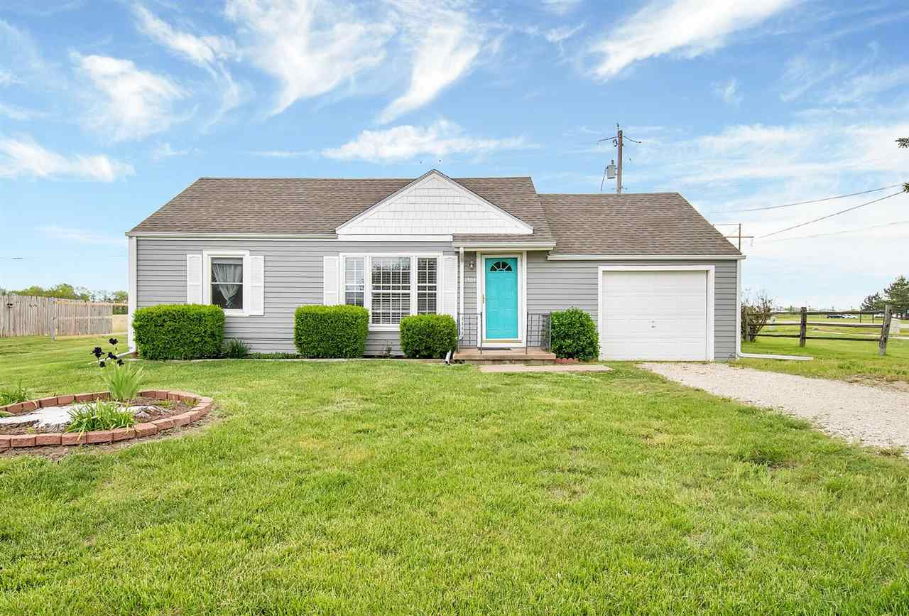 If you are looking for a cute 2 bedrom 1 bath home thats move in ready, you should look at this one.