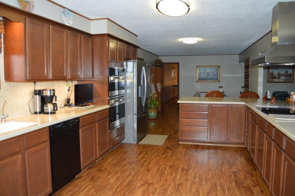 For Sale: 1159  US Highway 54, Eureka KS