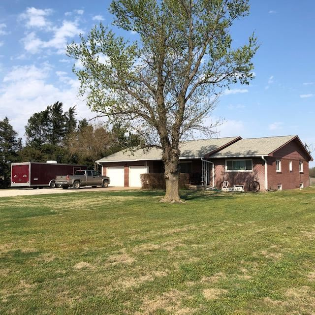 Country living just minutes from New Market Square. This home features 2 bedrooms, 2 bath with 3rd n