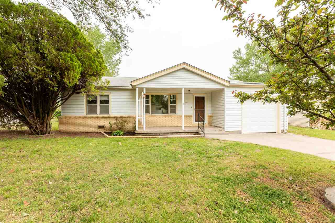 Great 3 bedroom home with a large fenced in yard - quarter acre lot! Perfect for a starter home or a