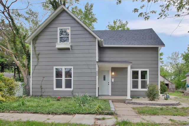 For Sale: 634  Santa Fe St, Augusta KS