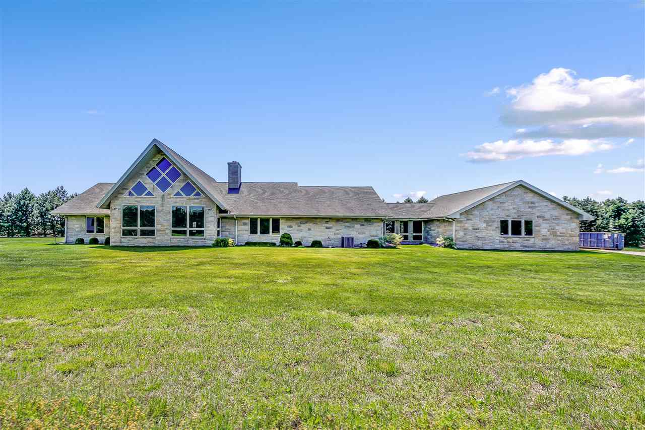 For Sale: 13113 NW 130th St, Whitewater KS