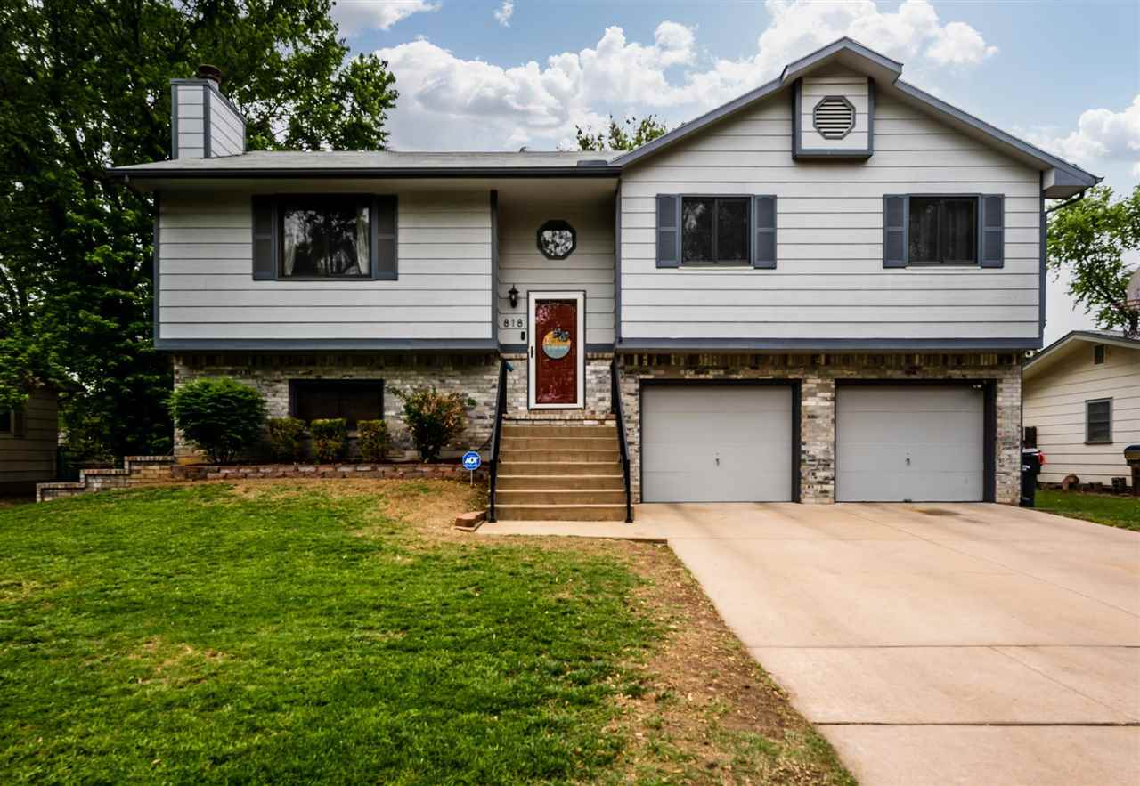 Walk into this beautiful, move in ready house and make it your new home! With 3 bedrooms, 3 full bat