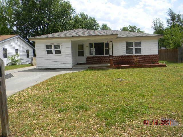 For Sale: 428 S STEARNS AVE, Haysville KS