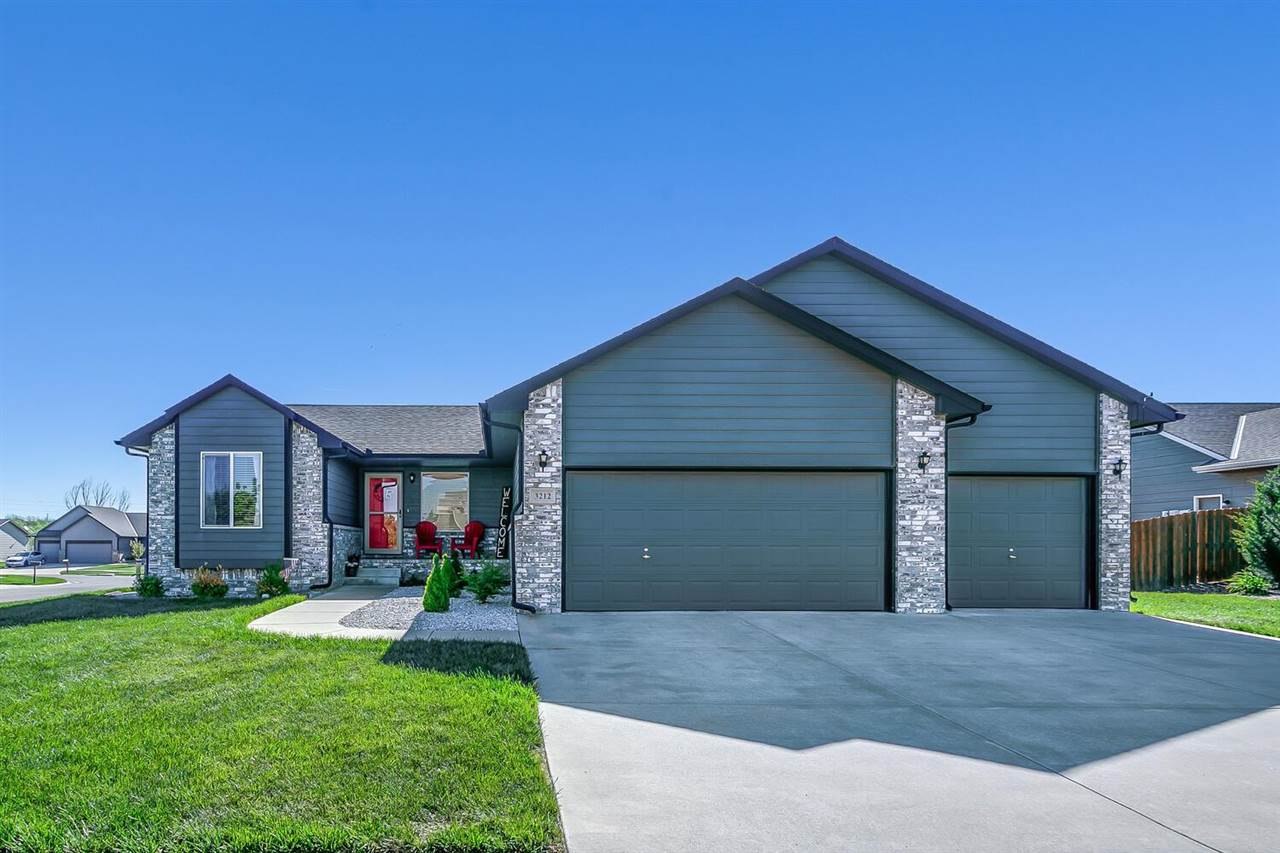 Welcome home! This beautiful move-in ready home in the neighborhood of Stone Creek includes 5 bedroo