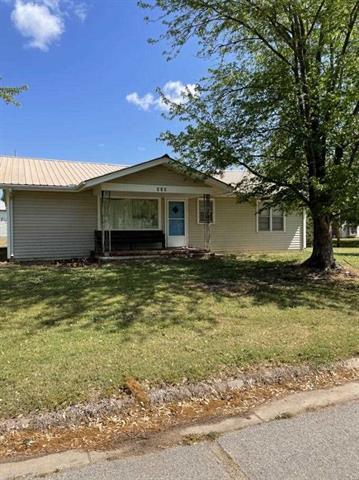 For Sale: 202 E Walnut St, Argonia KS