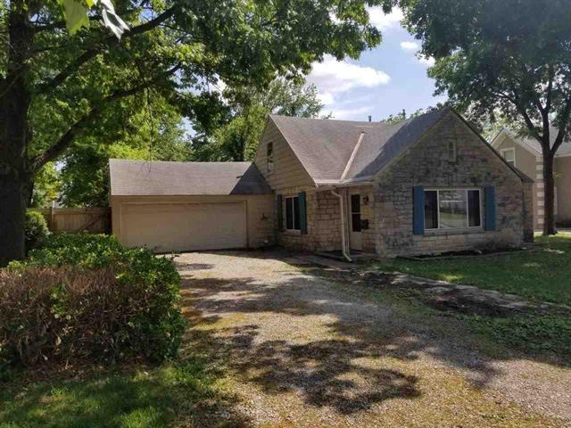 For Sale: 717 E 10TH AVE, Winfield KS