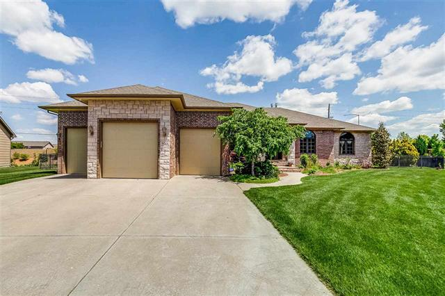 For Sale: 925 E Rough Creek Loop, Derby KS
