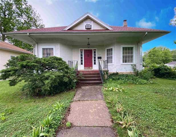 For Sale: 1401 E 5th Ave, Winfield KS