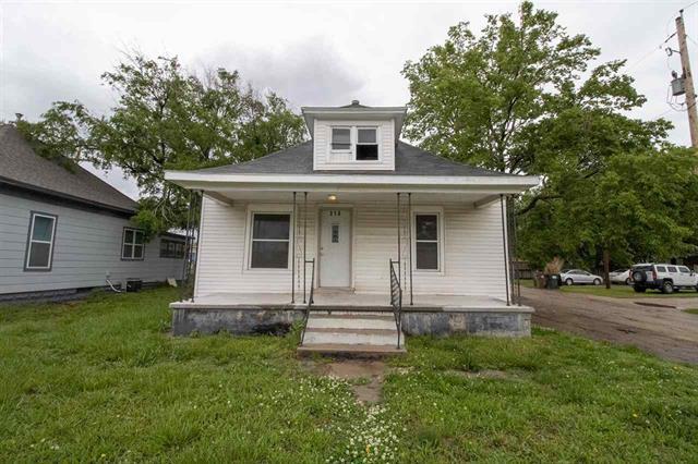 For Sale: 316 N CLEVELAND ST, Hutchinson KS