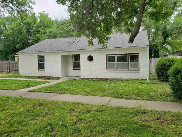 For Sale: 609 E Mulvane St, Mulvane KS