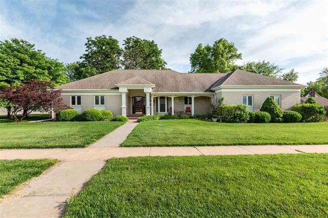For Sale: 510  Adams St., Moundridge KS