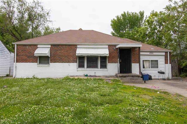 For Sale: 1521 N BROADVIEW ST, Wichita KS