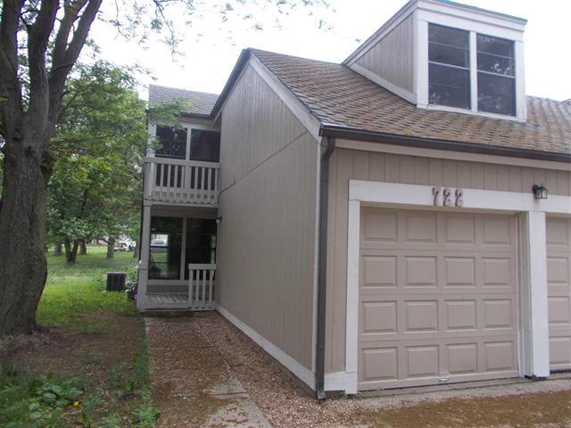 For Sale: 722 S MAIZE CT, Wichita KS