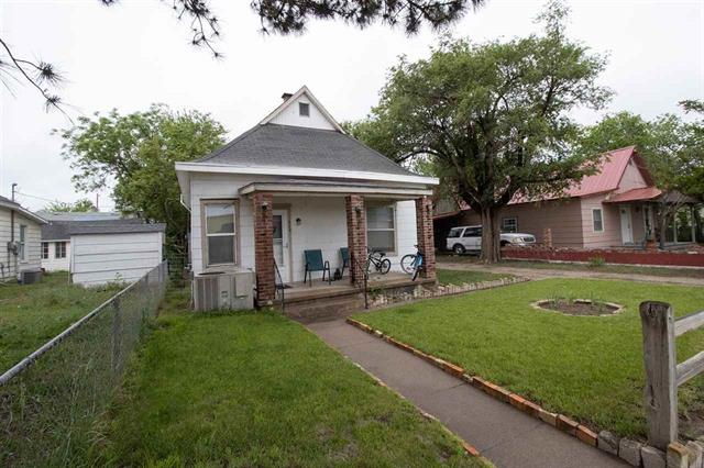 For Sale: 524 W AVENUE B, Hutchinson KS