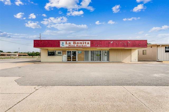 For Sale: 1804 W 4th St, Newton KS