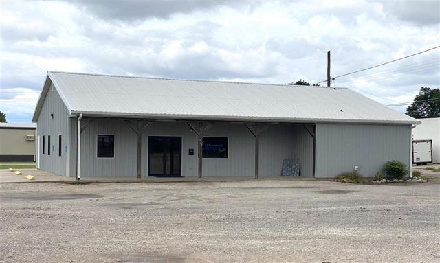 For Sale: 124 S Vermont Ave, Anthony KS