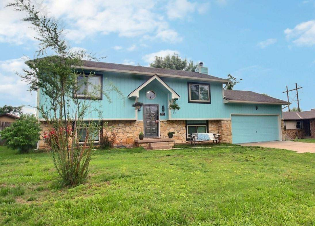 Welcome home to this updated 4 bedroom home located within walking distance of Derby Hills Elementar