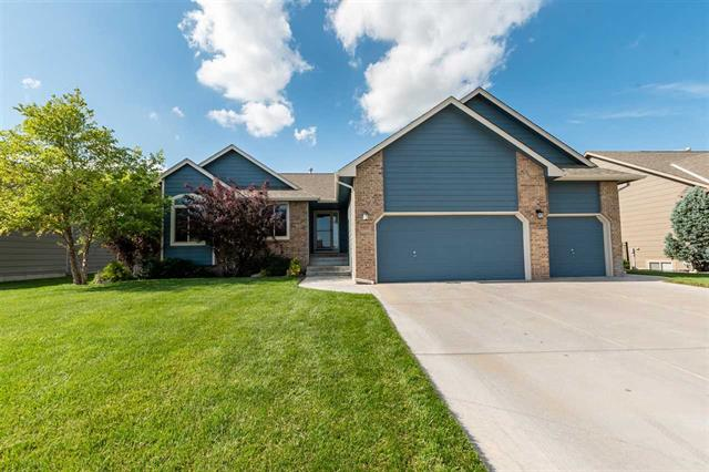 For Sale: 8404 W Candlewood Cir, Wichita KS