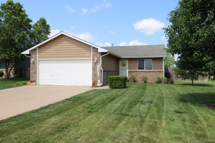 BACK ACTIVE... DON'T MISS OUT... SCHEDULE YOUR PRIVATE SHOWING TODAY... Immaculate 3 bedroom, 2 bath