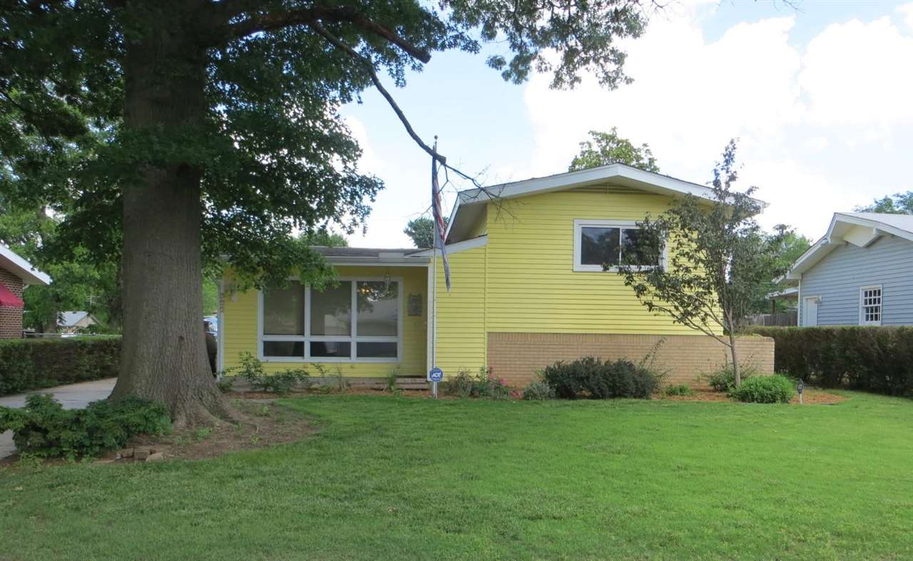 This is it! A home to please everyone! Bright and Cheery updated 3 bedroom home in mint condition wi