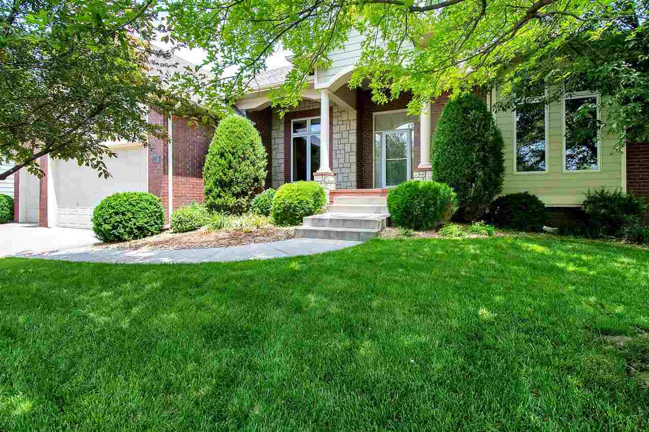 Wonderful Fox Ridge Addition large lake lot home. Now available to make it your perfect home. 5 bedr