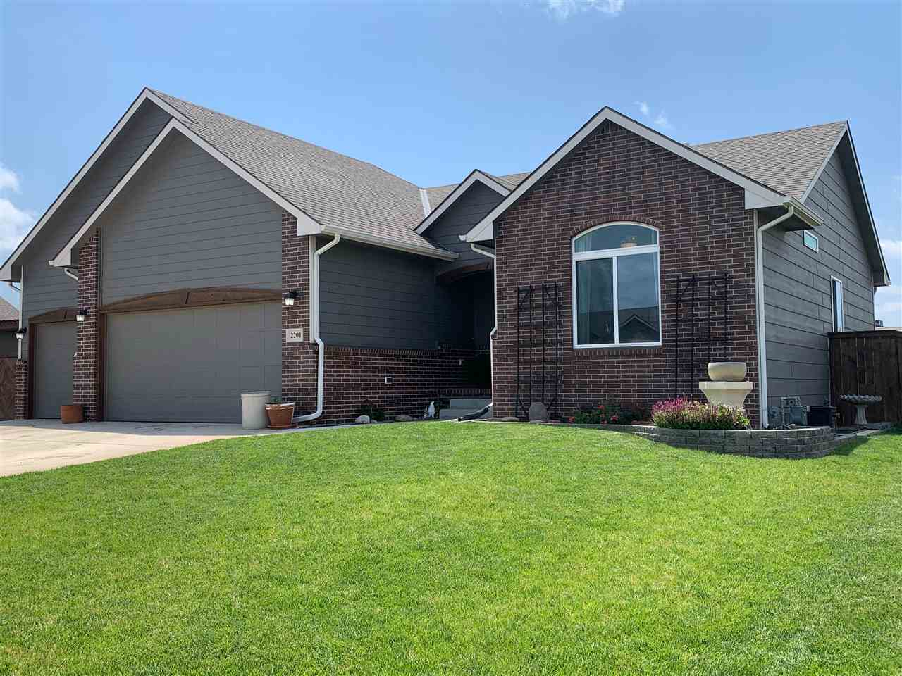 **Showings to begin June 12, 2021. Seller prefers end of August closing date. Welcome to this pristi
