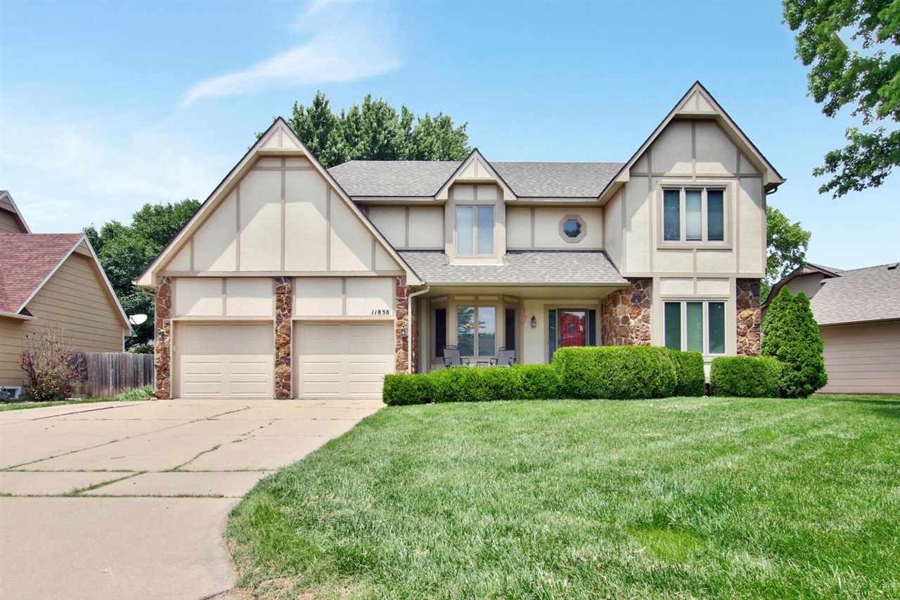 Location!!!!  Super rare offering in the highly desirable Westlink Villiage neighborhood.  Beautiful