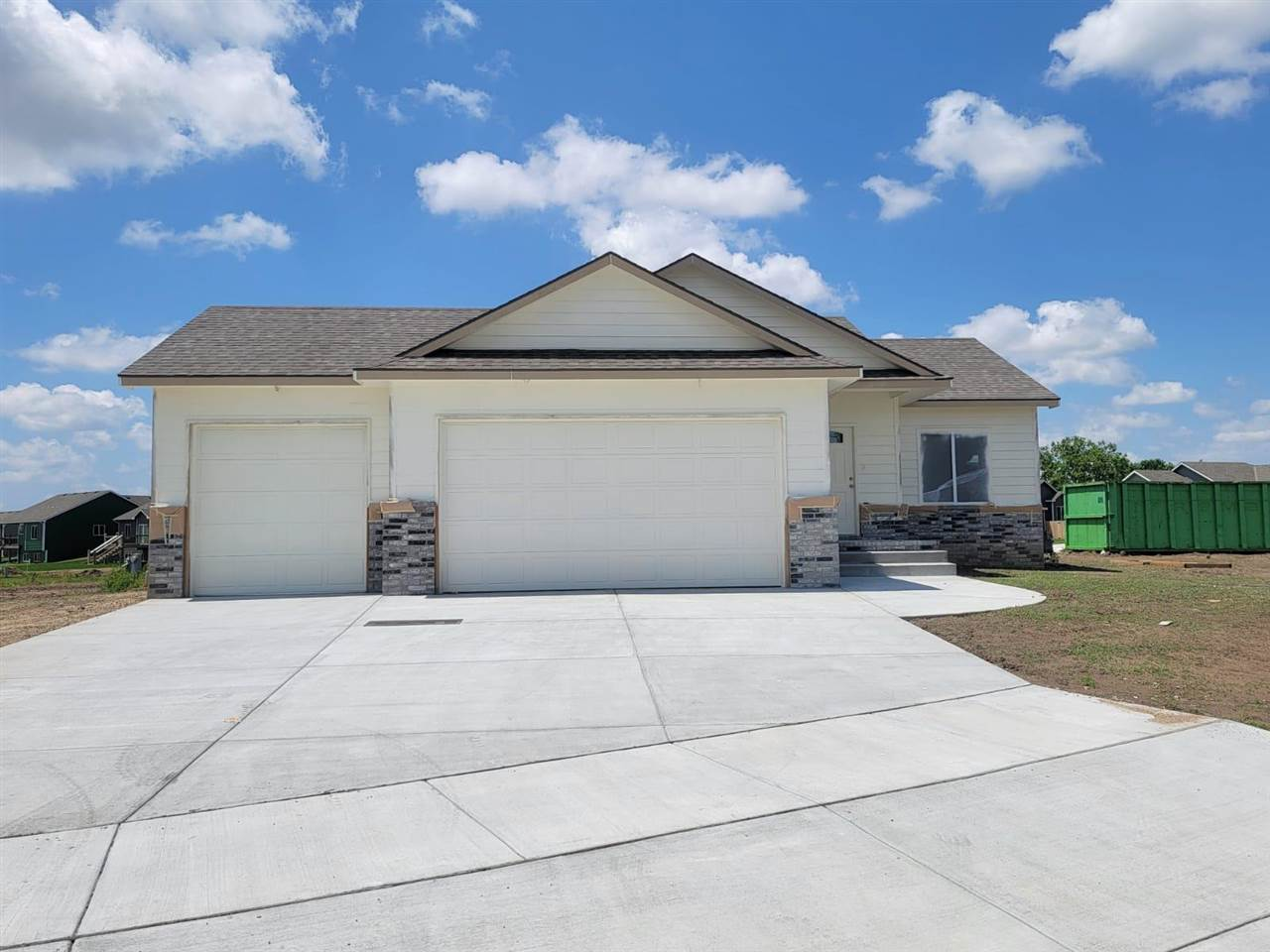 ~BRAND NEW~ Gorgeous ranch home at the desired Fox Run Addition!!! Home features 4 bedrooms, 2 bathr