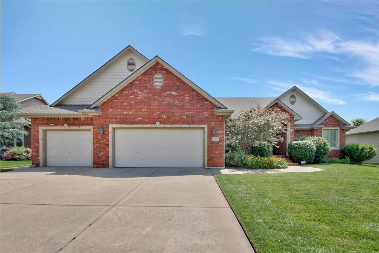 Fox Ridge Addition 5BR, 3BA Ranch Home meticulously maintained with over 2100+square feet on the mai